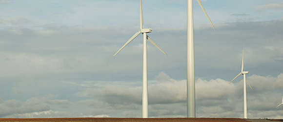 The Grant Plains wind facility will be located in Grant County, Okla., and is expected to utilize 64 wind turbines manufactured by Siemens.