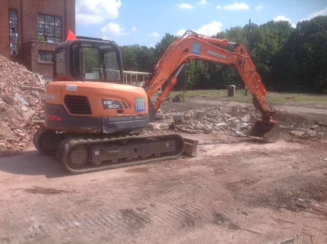 Hoffman Equipment helped ENR Contracting choose the right equipment to handle the demolition of a 65-acre manufacturing plant.