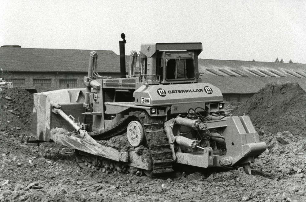 Caterpillar photo. In 1985, Caterpillar's D9L crawler tractor was on the job.