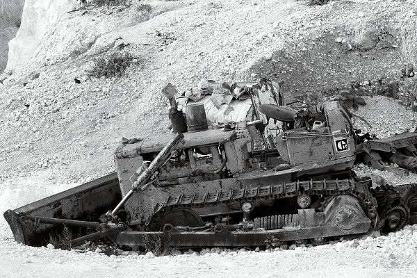 """Old bulldozer"""