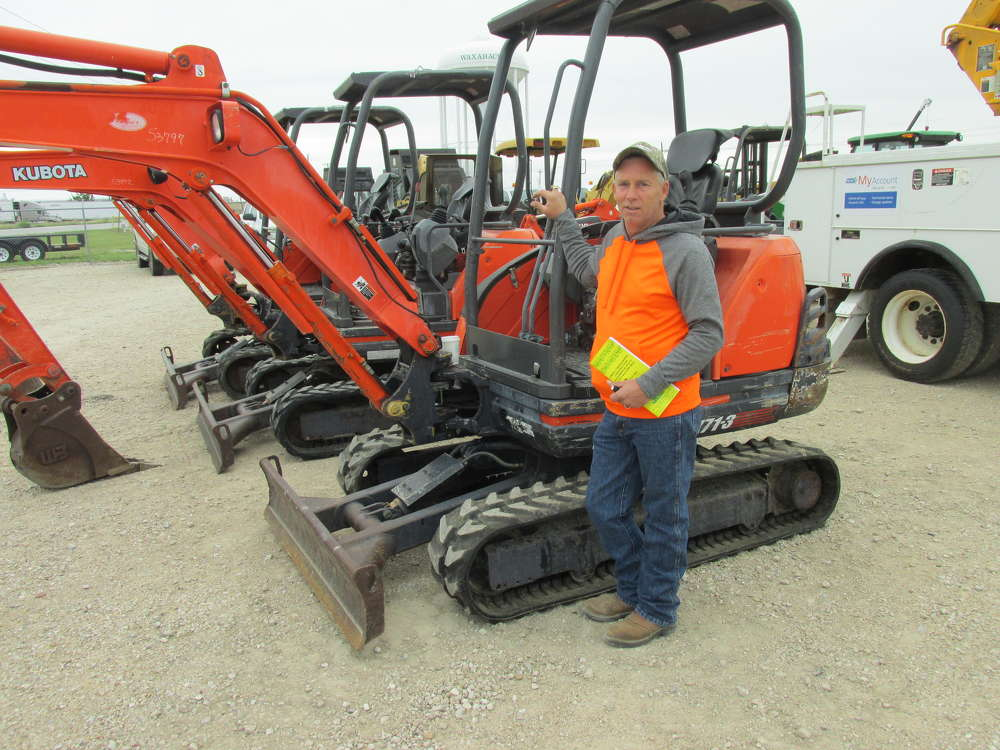 Shawn Byrd, Byrd Communications in Fort Worth, Texas, is sure this Kubota KX71-3 will be just the machine to use for dirt work.