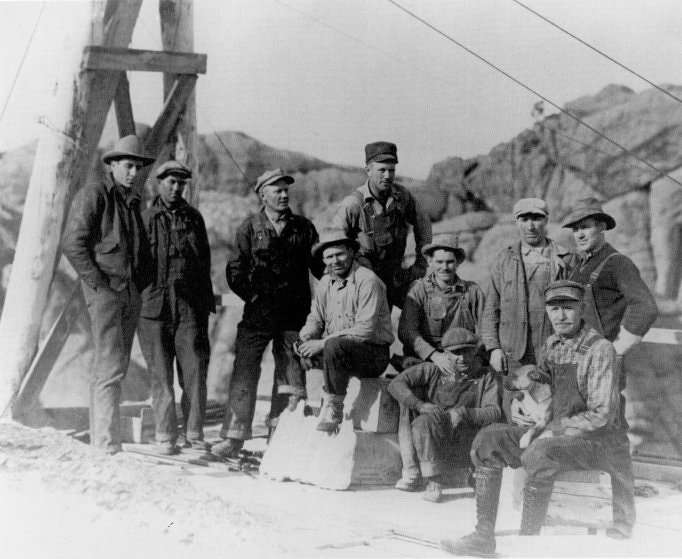 Workers take a break atop the mountain, c. 1930s.Image courtesy of Bill Groethe.