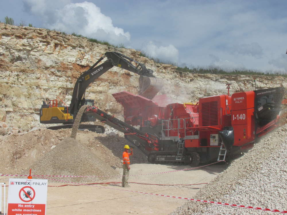 The demonstration at Rio Medina Quarry allowed guests to view the latest new machines offered by Terex|Finlay.