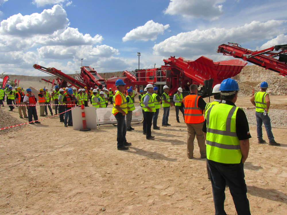 Customers and dealers from the United States, South America, Canada, Ireland and Russia visited San Antonio, Texas, for the Terex|Finlay event.