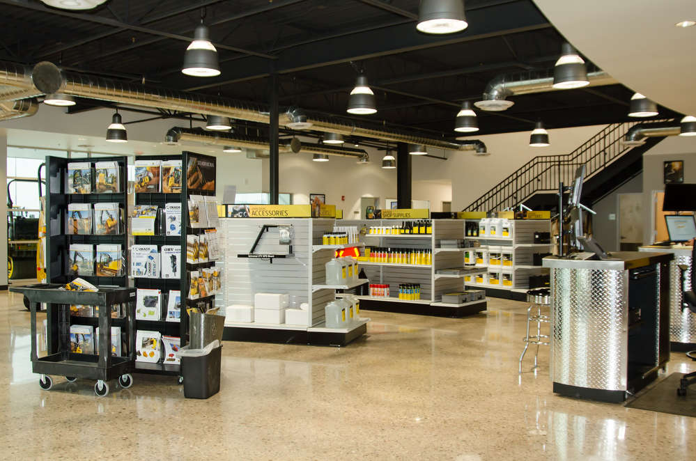 Individual parts pods highlight the 3,100 sq. ft. (288 sq m) of space in the main retail area.