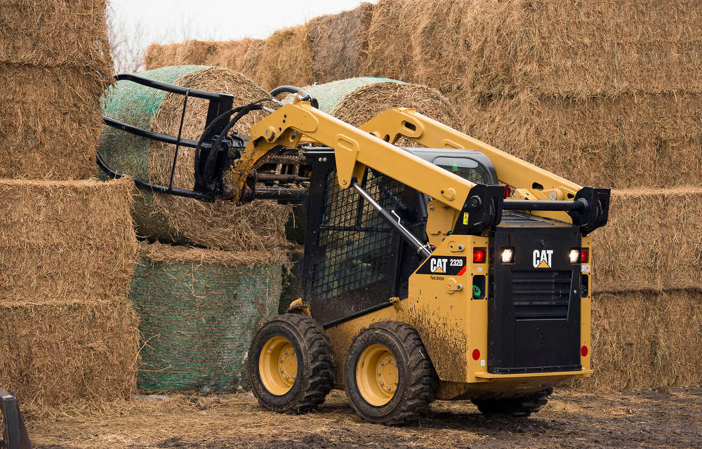The Bale Grab is designed to provide optimum machine stability when loading or carrying baled material.