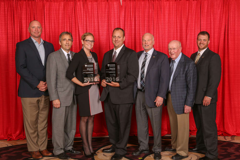 L. Keeley Construction Company took home its first Construction Keystone Award for the Illinois River Transmission.