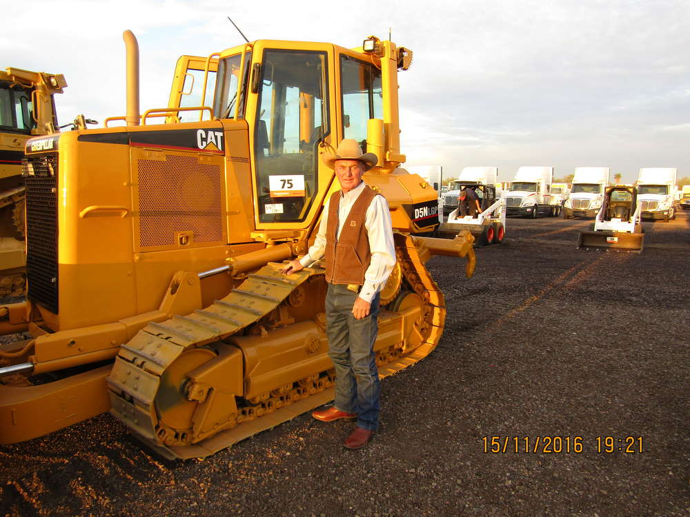 This Cat D5N crawler dozer is of interest to John Fowler, one of the owners of Arizona Materials, Phoenix, Ariz. He is in search of machines to use on his ranch and for his company.