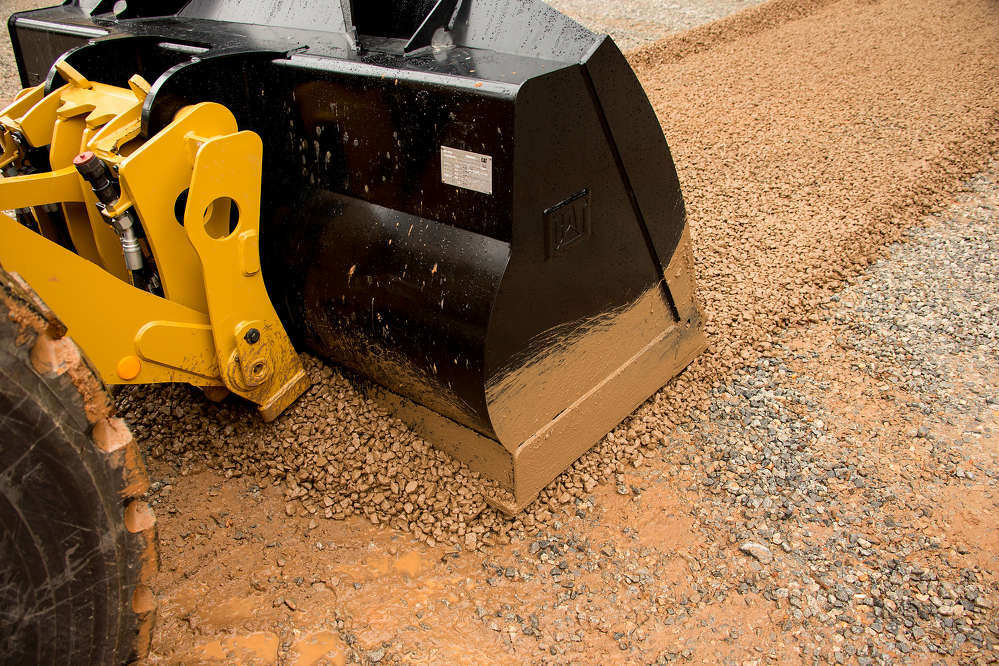 The new performance series flat-floor buckets are available in rated capacities from 3.0 to 3.8 cu. yds. (2.3 to 2.9 cu m) and with a choice of interfaces — pin-on, Fusion coupler or ISO.
