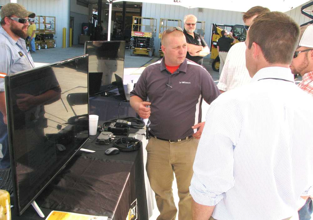 CAT EMSolutions and Sitech Tri-Rivers appeared side-by-side during the event and helped attendees looking for more information on machine fleet management products and services or product information for Trimble and Accugrade grade-control.