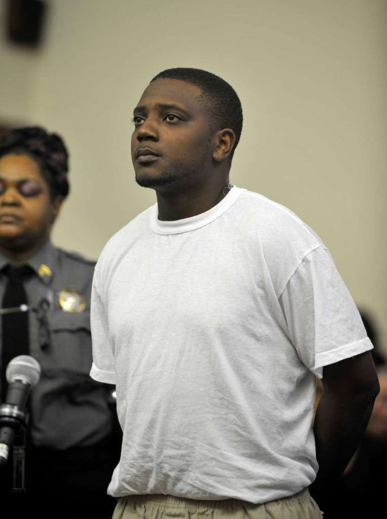regory Weathers Jr.was arraigned on murder charges at the Golden Hill courthouse in Bridgeport, Conn. on Monday, March 30, 2015. Weathers is accused of shooting 31-year-old Jose Araujo, who was working in a trench by the side of Chopsey Hill Road and Pond St in Bridgeport on March 26.