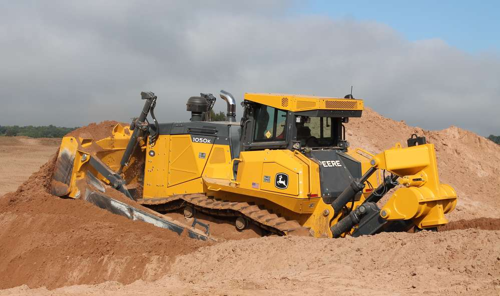 The power of this 1050K dozer equipped with TopCon technology provides Pierce Builders' operators with flawless efficiency. Its size also allows Pierce Builders to move the machine with one truck.