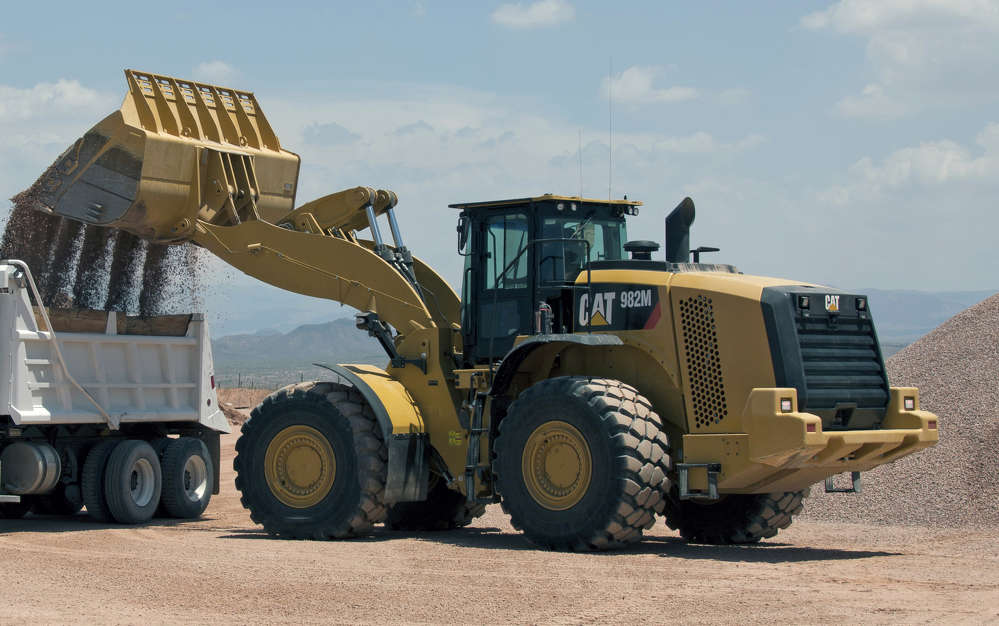 The 982M will be on display to highlight updates including new Cat Connect Technologies.