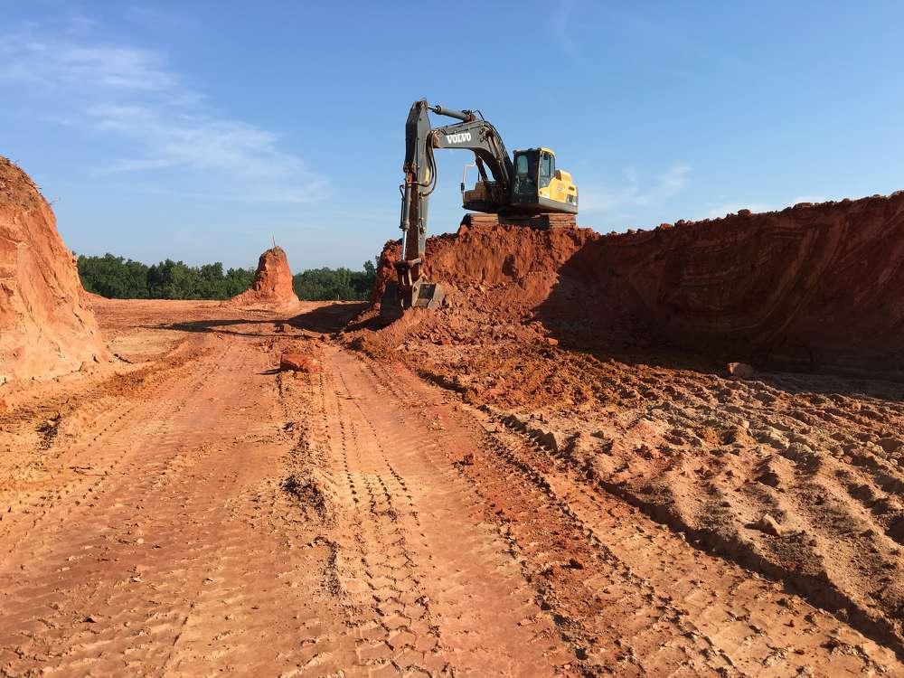 The operators like the responsiveness of the Volvo EC340D excavator.