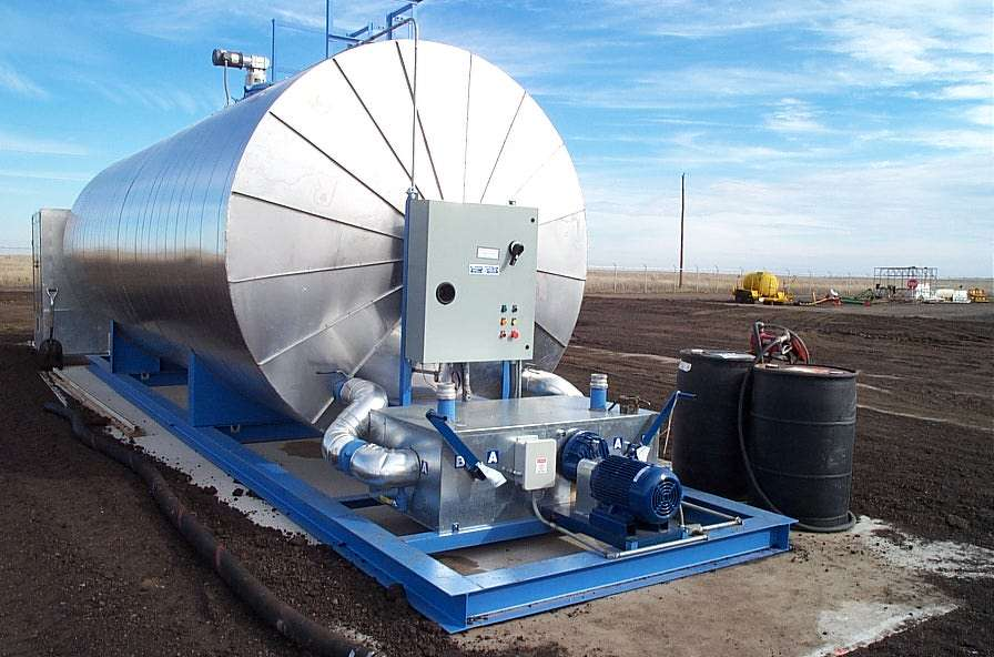 PHCo's electric Lo-Density Unitized Asphalt Storage Tank Heaters, Hot-oil Circulation Heaters, Drop-in Underground Tank Heaters and Rigid Tubular Drywell Distributor Truck Tank Heaters offer asphalt producers, contractors and municipalities 100% energy-efficient heating, when compared to the inefficient burning of fossil fuels.