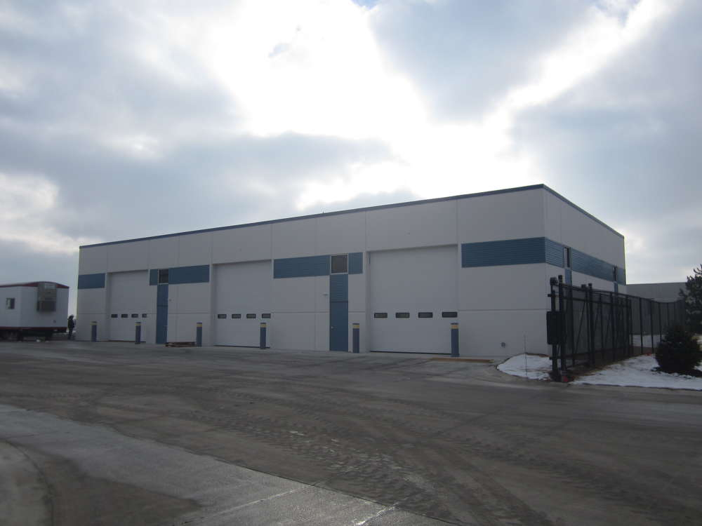 The location features a 5,000-sq.-ft. parts storage building.