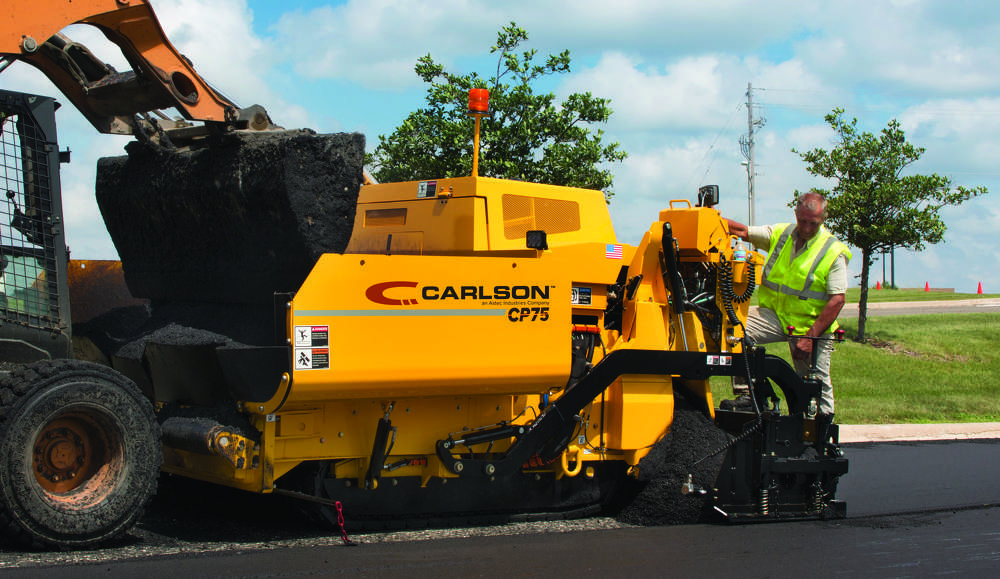 The Carlson asphalt paving line is constructed from a single piece frame and heavy-duty components.