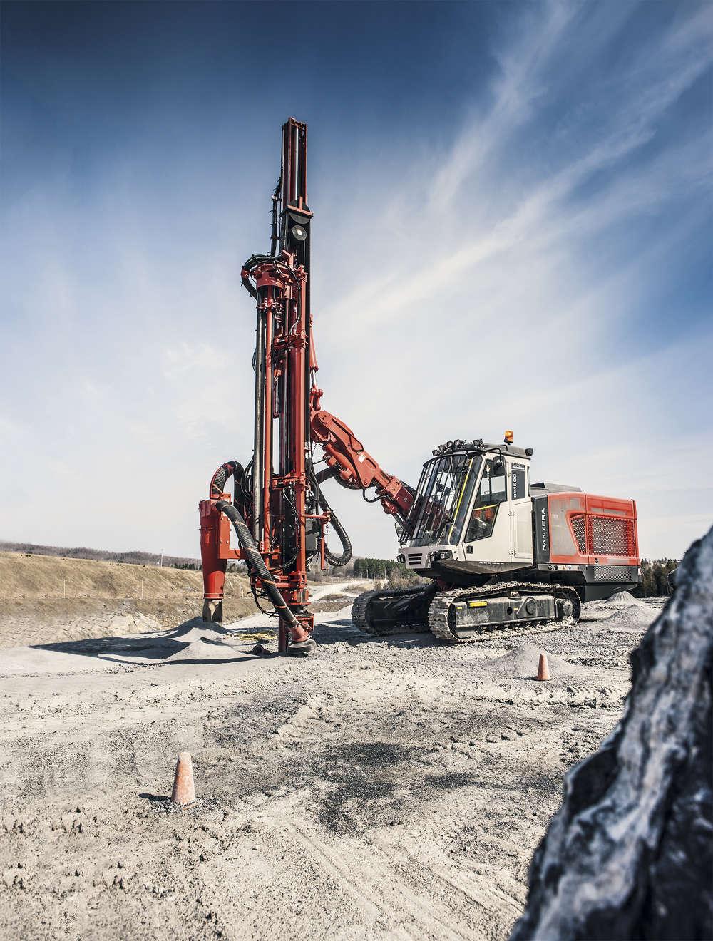 Pantera Dpi surface drilling rig.