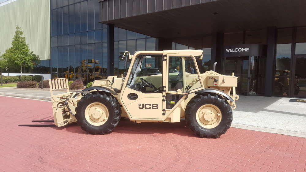 The new 527-58M light-capability rough-terrain forklifts for the U.S. Army will be produced at JCB's North American Headquarters in Savannah, Georgia.