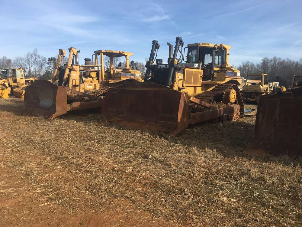 These Cat D8 dozers were sold to contractors in Alabama.