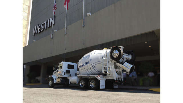McNeilus Bridgemaster featured outside the Westin hotel in Atlanta, Ga., for the Command Alkon Conference.