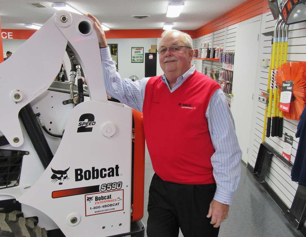 Thomas Trapp, Bobcat Enterprises president, welcomes attendees to the recently renovated Hilliard Branch location.