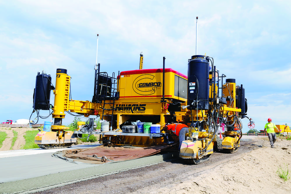 The GP3 is equipped with either a Leica Geosystems 3D guidance system or with a paver-mounted Trimble GPS system incorporating GOMACO sonic sensors.