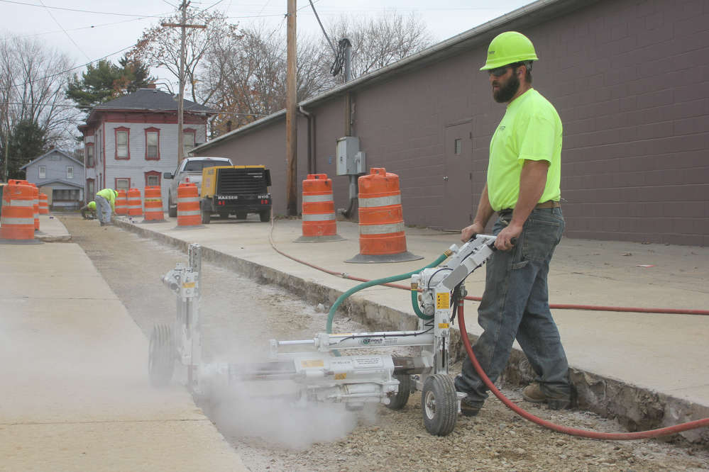 Minnich A-1 Series in action.