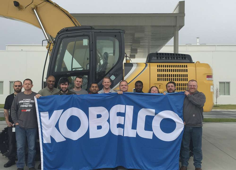 KOBELCO Construction Machinery USA manufacturing team.