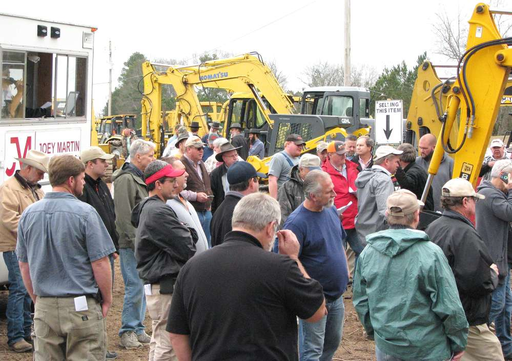 Joey Martin Auctioneers held its first sale of 2017 