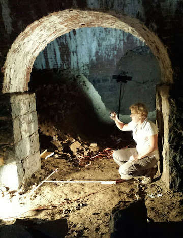 Dr. Celia Bergoffen shooting a doorway with a gopro-camera. http://url.ie/11oe3