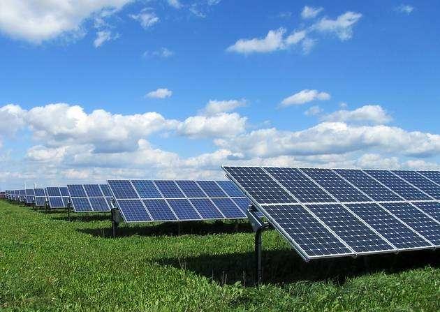 Solar farm. http://url.ie/11og0