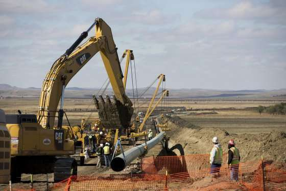Federal officials have granted the easement necessary for construction of the controversial Dakota Access pipeline in North Dakota.