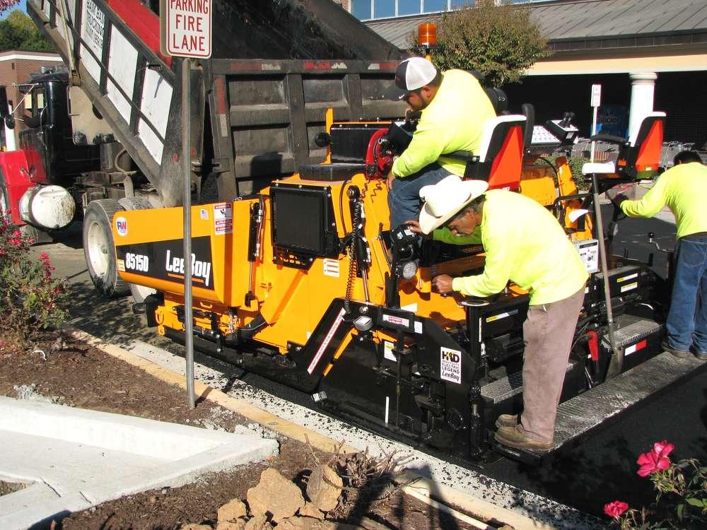 The Blackjack paving operator said the LeeBoy 8515 D asphalt paver was perfect for the job.
