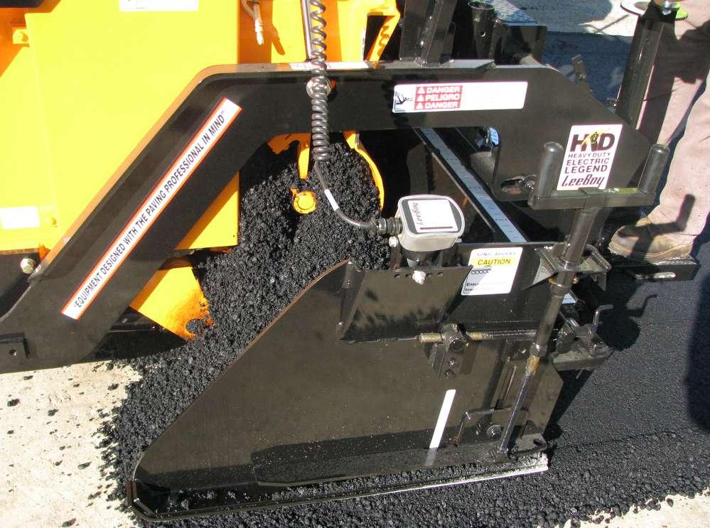 This LeeBoy 8515 D asphalt paver features sonic auger controls.