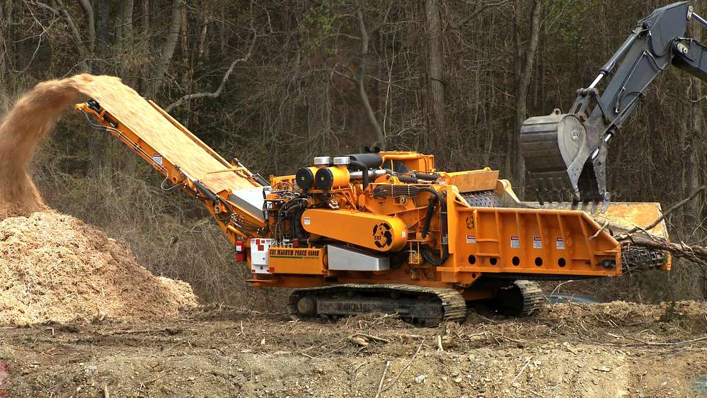 Photo: CBI 6800BT Horizontal Grinder, SSQC30 Stump Shear, XLP Log Screw to Be Displayed at ConExpo-Con/AGG 2017