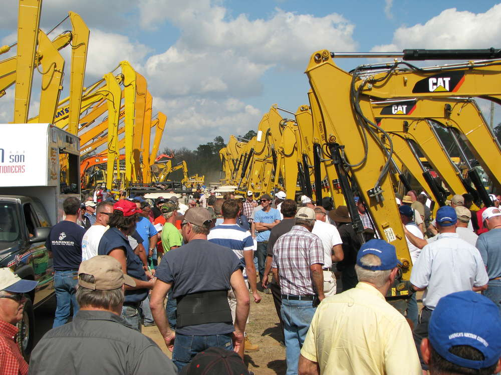 Tremendous crowds descended on the Alex Lyon & Son auction in Florida.
