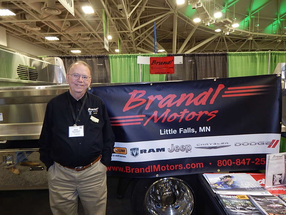 Brandl Motors announced the appointment of Dick Reineck to the company's fleet and commercial manager position.