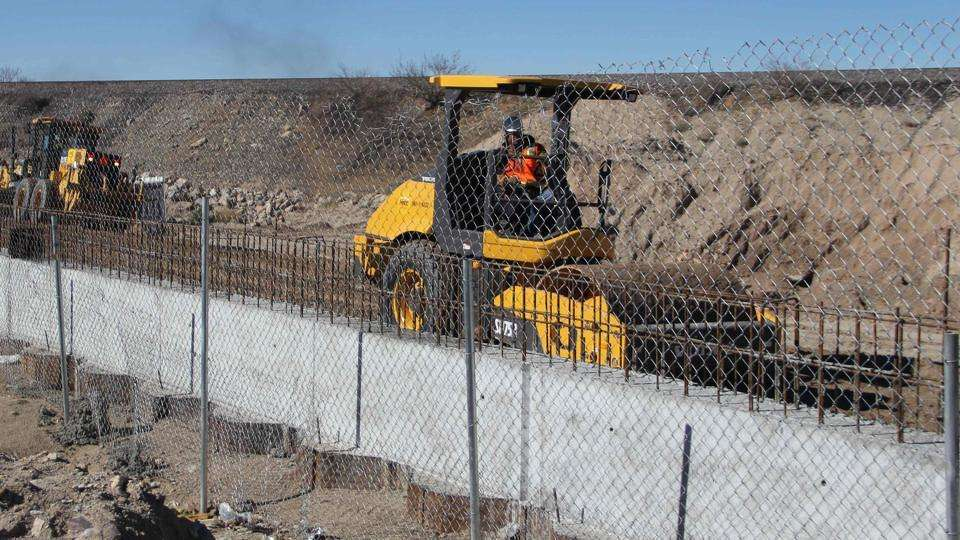 The agency's notice gave no details on where the wall would be built first and how many miles would be covered initially. http://url.ie/11p3p