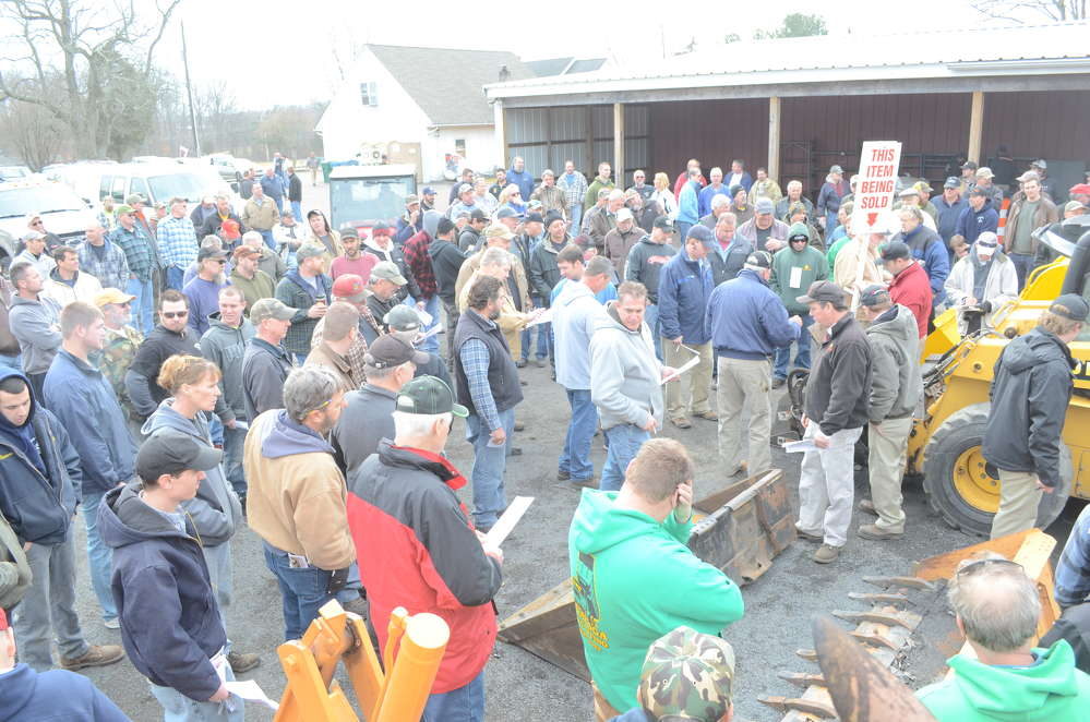 Bidding was competitive during Hunyady Auction's recent liquidation sale in Perkasie, Pa.