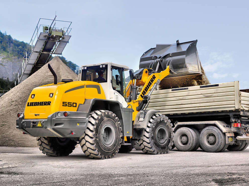 The L 586 XPower the new Stage IV / Tier 4f compliant generation of large wheel loaders from Liebherr. The standard version, with an operating weight of 71,870 lb, has a tipping load of 47,620.