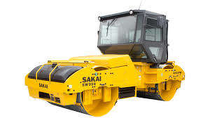 The cabbed version of the 84-inch Sakai SW994 vibratory double-drum roller launched at CONEXPO-CON/AGG 2017 is designed with operators in extreme climates. However, operators throughout the industry can benefit from a quieter, dust-free environment that an enclosed cab provides.