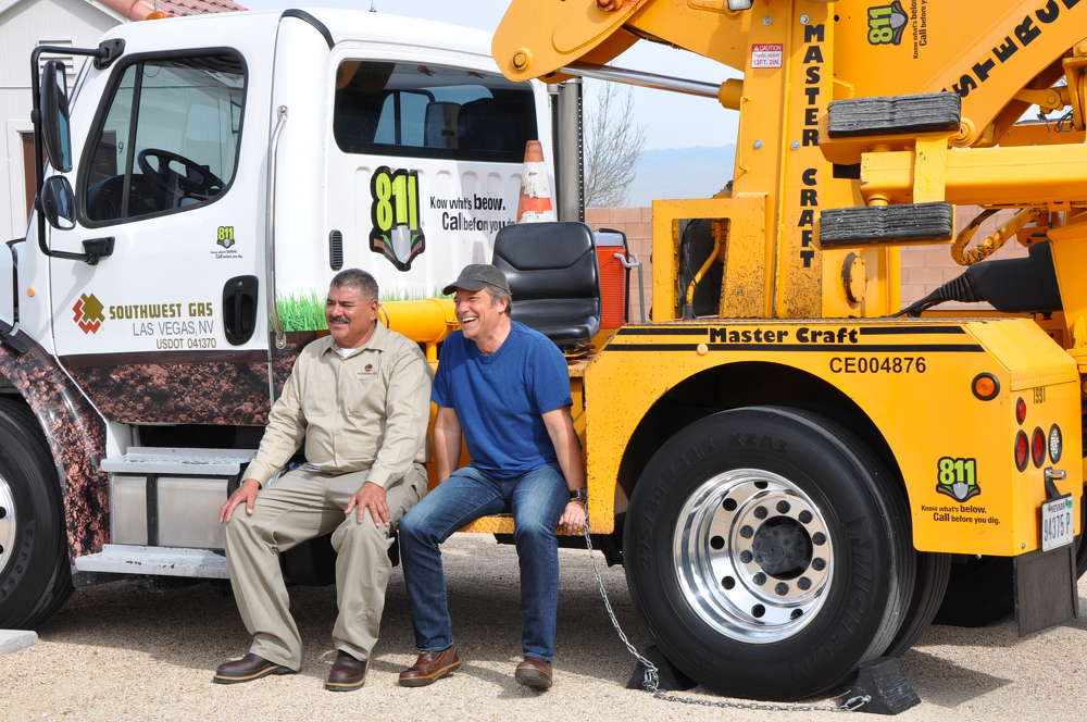 Javier Rodriguez (L), supervisor/construction, Southwest Gas, enjoys meeting Mike Rowe.