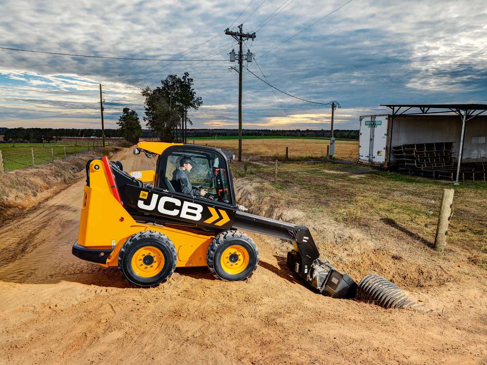 JCB skid steer and compact track loader with a telescopic boom.