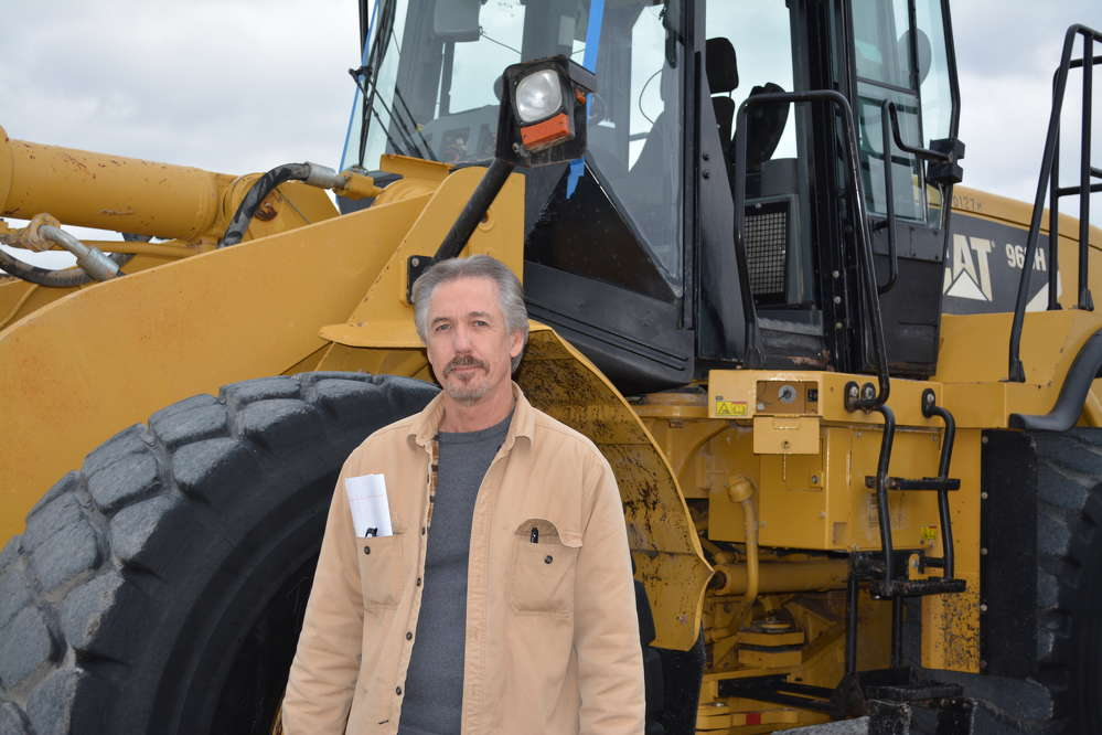 This Cat 966H loader had the attention of Gene Tucker of Clear Creek Rentals, Killeen, Texas.
