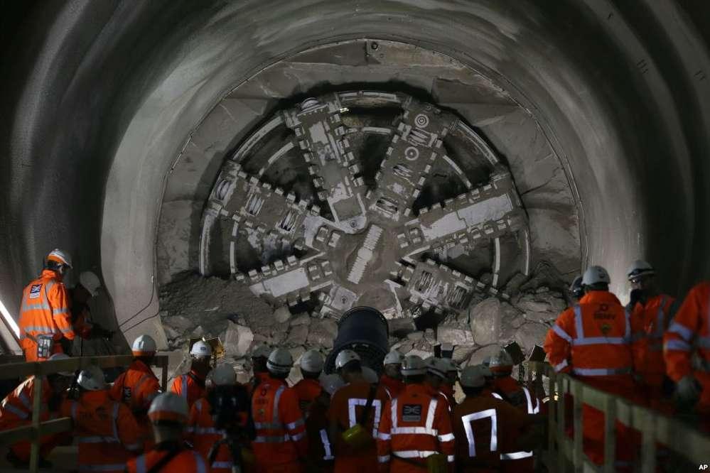 Mining the subterranean Crossrail route.