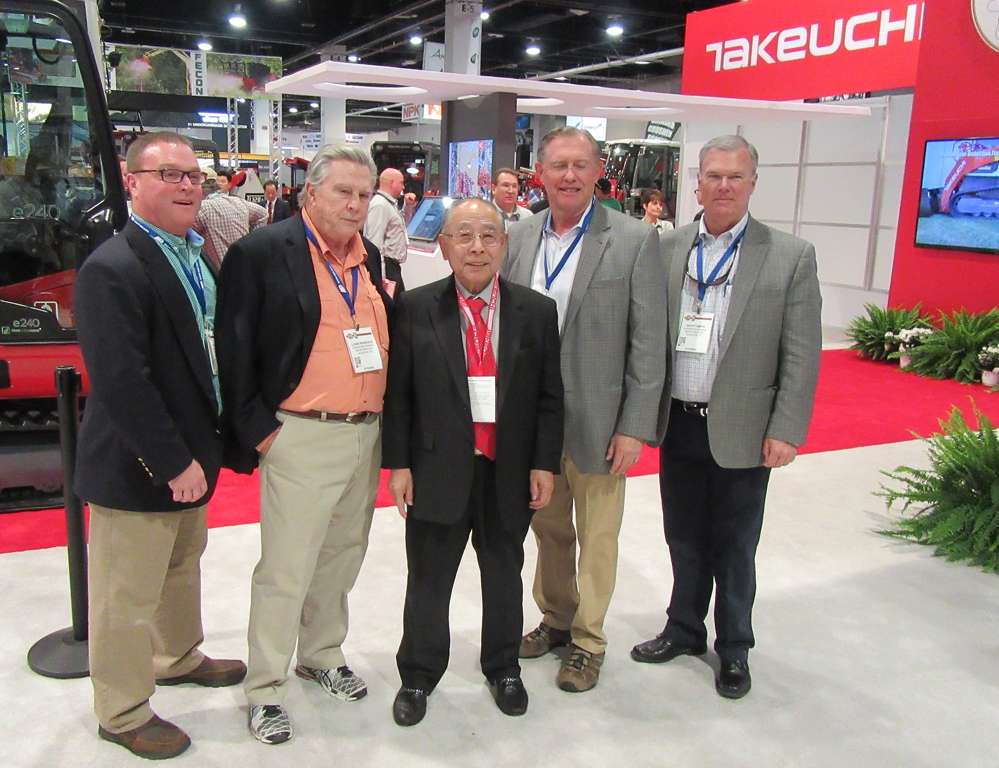(L-R): Jeff Cox, Louis Pearce III, Bruce Truesdale and Scott Smith of Waukesha-Pearce Industries met with Takeuchi Manufacturing Company President, Akio Takeuchi (C) at the show.
