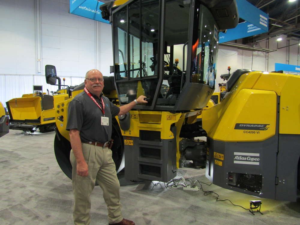 Atlas Copco/Dynapac's Dan Dorran was on hand to answer customers' questions about the company's compaction products, including the CC4200 asphalt roller.