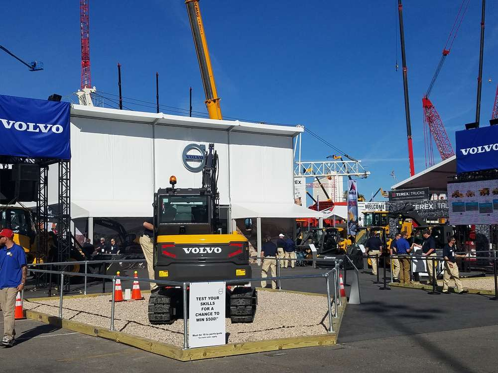 Attendees could show off their operating prowess to win $500 at the Volvo CE exhibit.