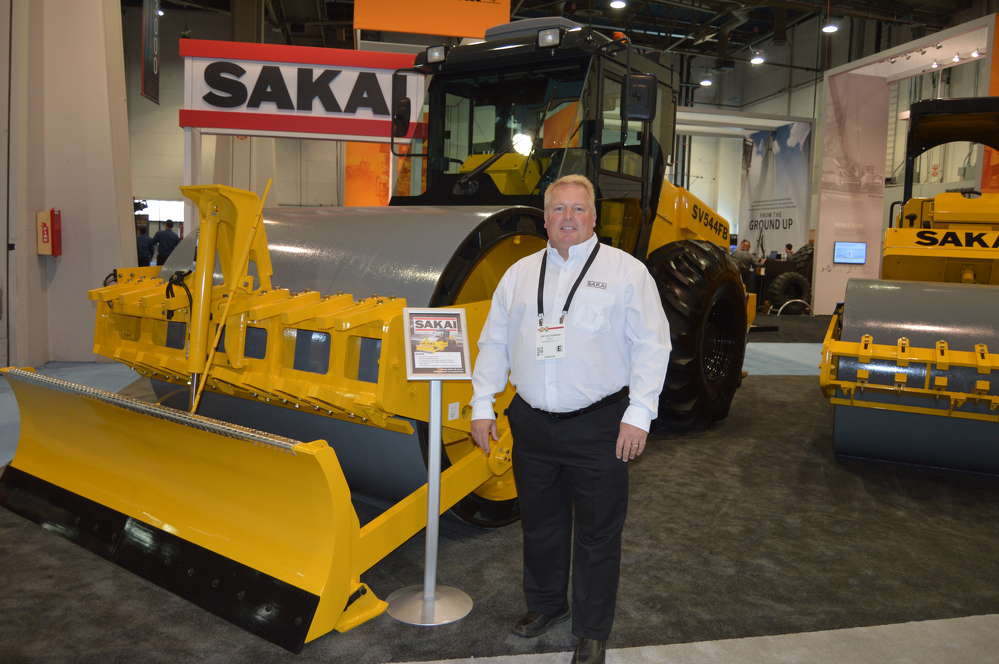 Joe Seckinger, Southeast district manager, Sakai America Inc., showcases the Sakai SV544FB, which replaces the 540 model, and features a Tier IV Final engine.